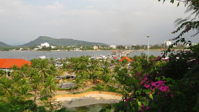 siracha_from_island