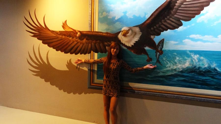 lady-boy_peht_art-in-paradise_eagle