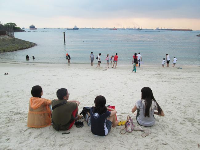 sentosa_beach