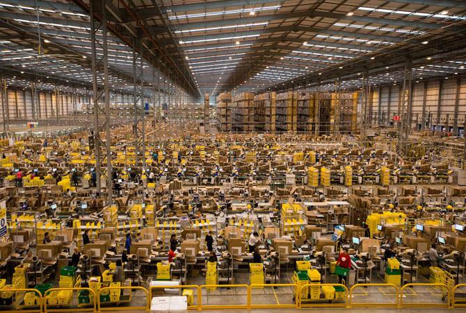 склады Амазона впечатляют