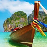 культовая длиннохвостая лодка стала у многочисленных туристов символом райского отдыха на побережье Андаманского моря Таиланда. Туристов за 2016 год прибыло еще больше.