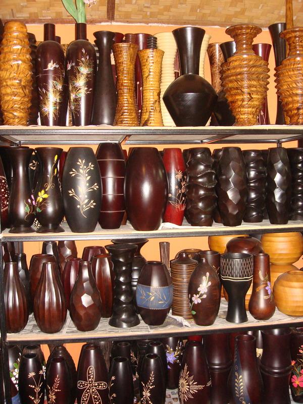 mango_tree_wood_vases