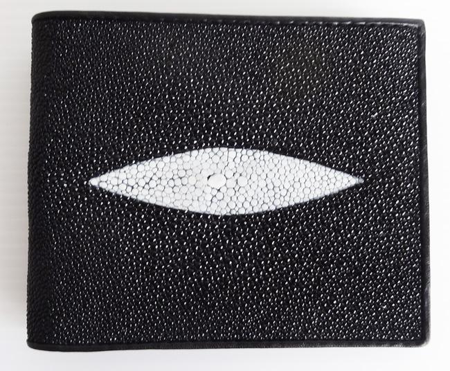 мужской кошелек из кожи морского ската черного цвета