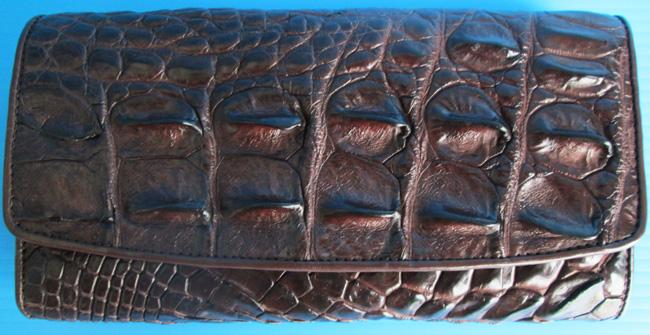 темно-коричневый женский кошелек из кожи крокодила