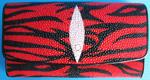 стильный женский кошелек из кожи морского ската красного цвета с узором из черных полос