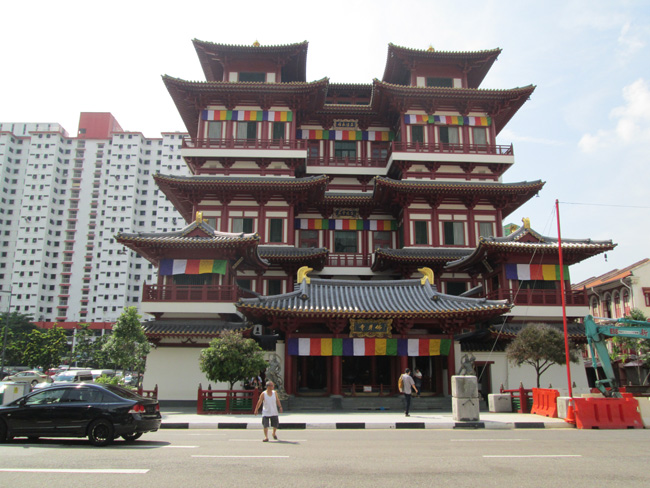 chinese_temple_in_chinatown_singapore