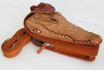 светло-коричневая сувенирная сумочка <br /> с головой крокодила унисекс, с ремешком