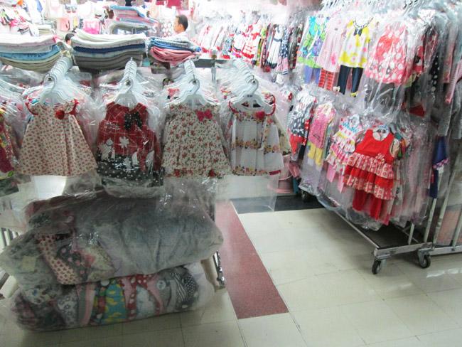 Bobae_market_BKK_inside