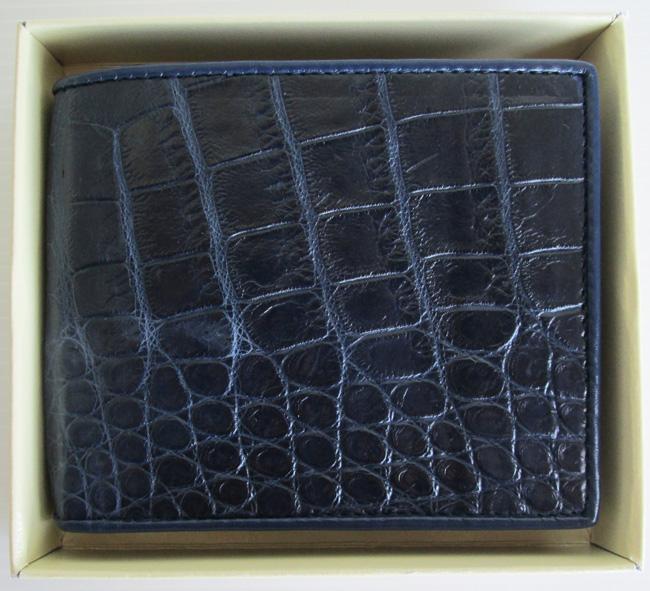 стильный темно-синий мужской кошелек из кожи крокодила в подарочной коробке