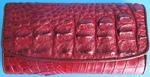 темно-красный женский кошелек из кожи крокодила