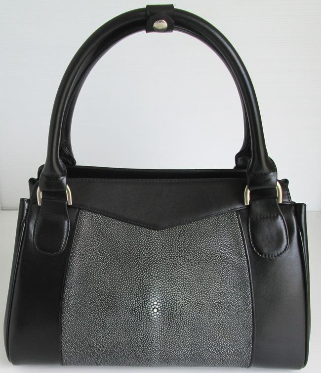 женская сумка из кожи морского ската черная с серыми боками