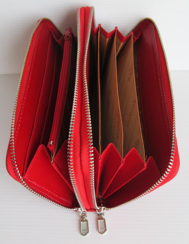 Женские сумки и клатчи из кожи морского ската