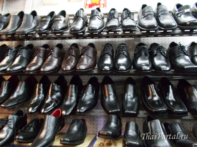 Chatuchak_shoes_toledo_04