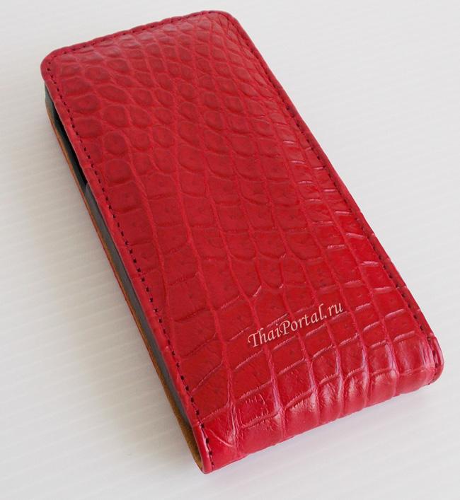красный чехол для айфона из кожи крокодила