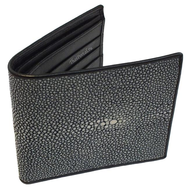 серый мужской кошелек из полированной кожи морского ската