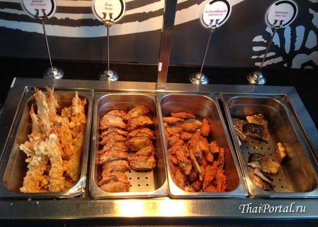 жареная по японским рецептам рыба, креветки в тесте, грибы шиитаке и прочие деликатесы