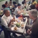 Обама поужинал за $6 в обычном ресторане Ханоя