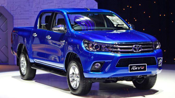 Пикап Toyota Hilux Revo, сделанный на автозаводе в Таиланде