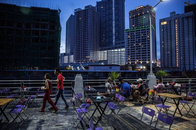 Недвижимость Камбоджи во время строительного бума активно прирастает небоскребами в Пномпене