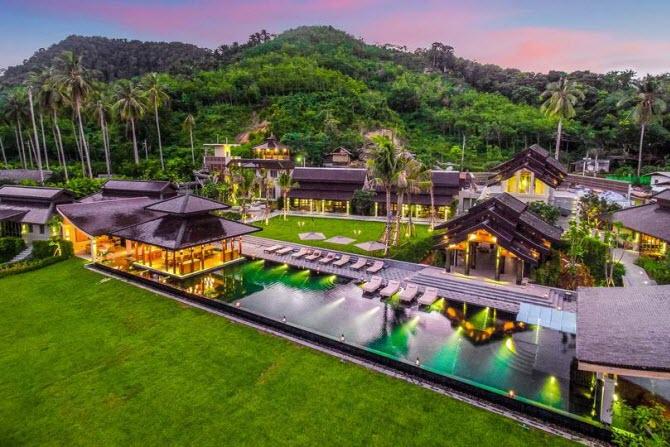 ani villas - целый небольшой городок на побережье моря
